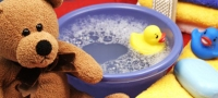 Badespaß für das Neugeborene