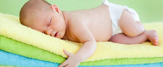 Windeldermatitis – Die Hautreizung in Babys Windelbereich